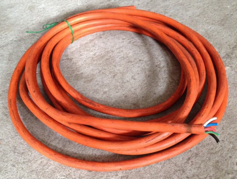 3_phase_cable_orange.jpg